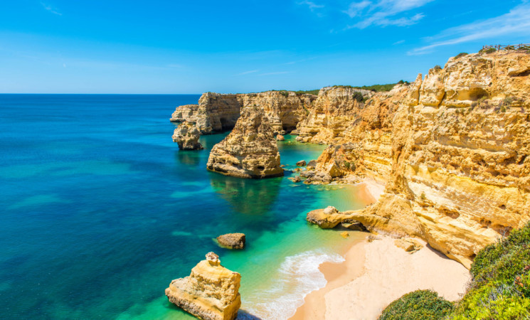 Brave New You-Breaking the glass ceiling - 37th YEU Convention | 21 June-1 July 2018, Algarve region, Portugal